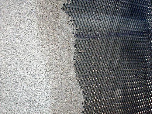 lath rough wet edge